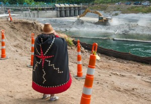 S'Klallam woman watching dam removal